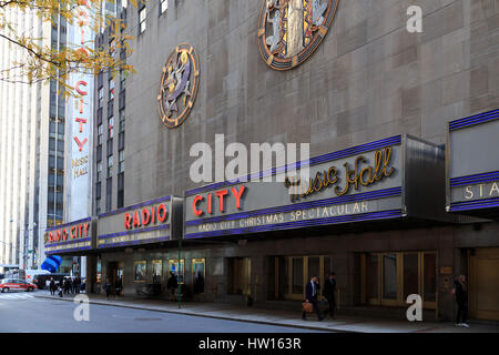 USA, New York, New York City, Manhattan, Rockefeller Center, Radio City Music Hall - Stock Photo