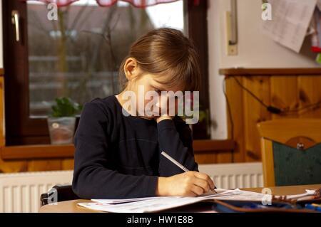 Have no desire to learn, Hab keine Lust zum lernen - Stock Photo