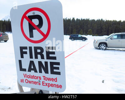 Fire Lane no parking sign - Stock Photo