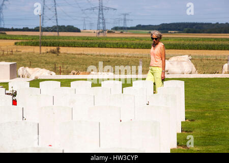 First World War graves at a cemetary on the Somme, Northern France. - Stock Photo