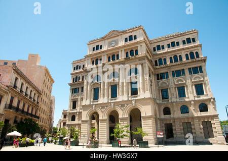 Commerce Market Building - Havana - Cuba - Stock Photo