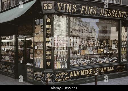 Paris's Oldest Candy Store: A la Mere de Famille. France - Stock Photo