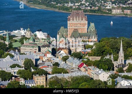 Canada, Quebec province, Quebec City, the Old Quebec listed as World Heritage by UNESCO, Upper Town, the Chateau - Stock Photo