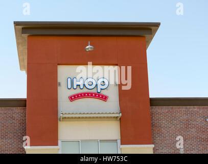 IHOP Restaurant sign USA Stock Photo, Royalty Free Image: 60769914 ...