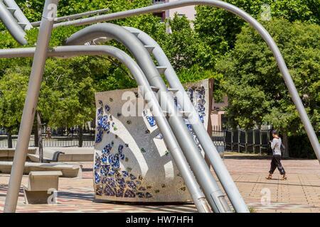 Spain, Catalonia, Barcelona, Sant Marti, Parc Diagonal Mar (2002) designed by Enric Miralles and Benedetta Tagliabue - Stock Photo