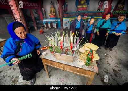 China, Guizhou, Jiu Xi village, spring ceremony, or Tai Wan Gong, in the bhuddist temple of the communnity of the - Stock Photo