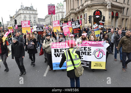 London, UK. 18th March 2017.  Stand Up to Racism march and rally in London. Credit: Matthew Chattle/Alamy Live News - Stock Photo