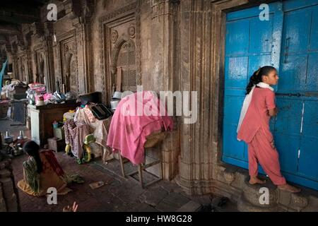 India, Gujarat State, Ahmedabad, listed as World Heritage by UNESCO, Rani's Hajira Tomb - Stock Photo