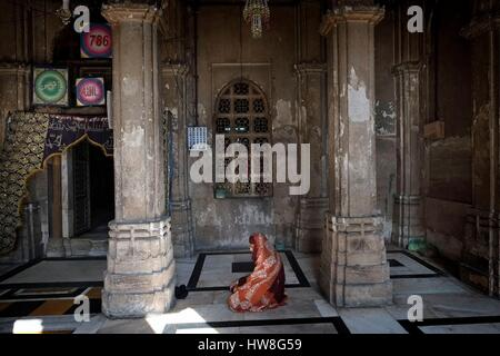 India, Gujarat State, Ahmedabad, listed as World Heritage by UNESCO, Ahmed Shah's Tomb - Stock Photo