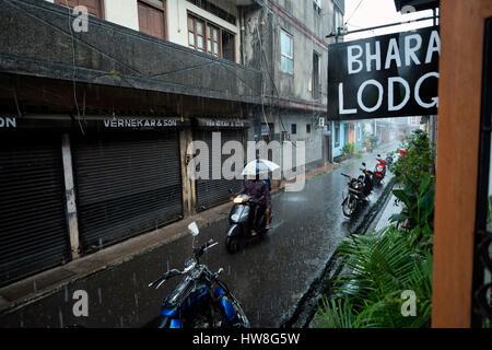 India, Goa State, Goa, Panaji or Panajim, Fontainhas or Bairro das Fontainhas, is an old Portuguese Quarter in Panaji, - Stock Photo