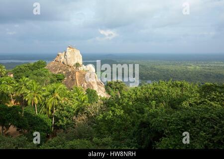 Sri Lanka, North Central Province, Anuradhapura, Mihintale, rock Aradhana Gala - Stock Photo