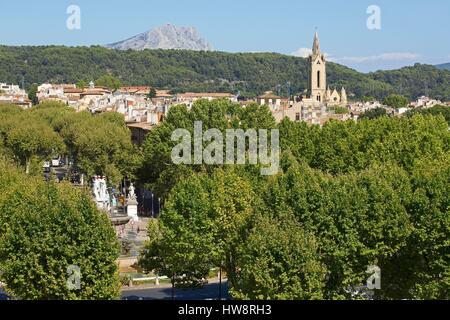 France, Bouches du Rhone, Aix en Provence, La Rotonde fountain, Church of St. John of Malta (XIII century), historical - Stock Photo