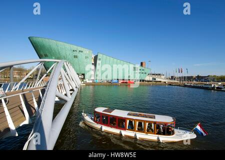 Netherlands, Northern Holland, Amsterdam, Oosterdok, NEMO museum, Science and Technology Center by architect Renzo - Stock Photo