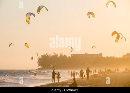 Vietnam, Binh Thuan province, the village of Mui Ne Beach is a popular spot for the practice of Kite-Surf - Stock Photo