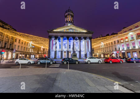 Duke of Wellington & GOMA museum on Queen Street Glasgow - Stock Photo