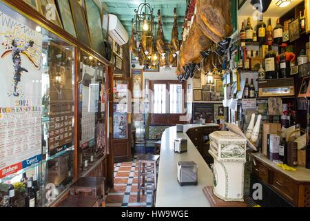 Spain, Andalucia, Sevilla, Santa Cruz district, interior of a sevillan bar - Stock Photo