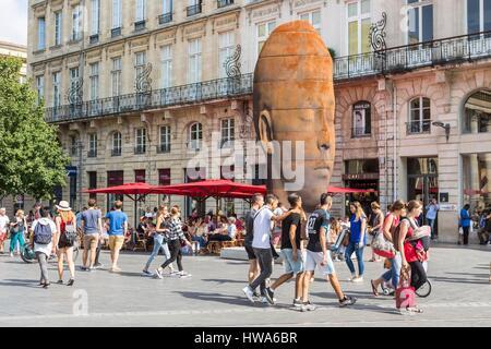 France, Gironde, Bordeaux, area classified UNESCO World Heritage, Quinconces district, Place de la Comedie, sculpture - Stock Photo
