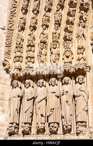 France, Paris, Ile de la Cite, Notre-Dame, banks of the Seine, listed as World Heritage by UNESCO, detail Cathedral - Stock Photo