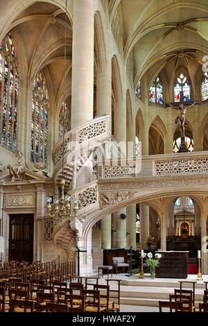 France, Paris, Montagne Sainte Geneviève, Eglise Saint Etienne du Mont, Choir hidden by the rood screen - Stock Photo