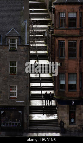 The Vennel steps that lead from The Grassmarket to Brown's place in Edinburgh's Old Town. - Stock Photo
