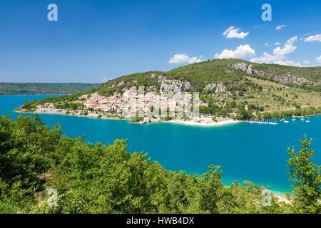 France, Var (83), Parc Naturel Régional du Verdon, Bauduen, lac de Sainte Croix / France, Var, Verdon Regional Park, - Stock Photo