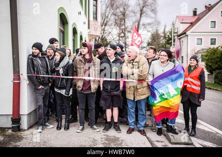 March 19, 2017 - On Sunday morning, the SPD party of Maisach, west of Munich, organized a human chain against the - Stock Photo