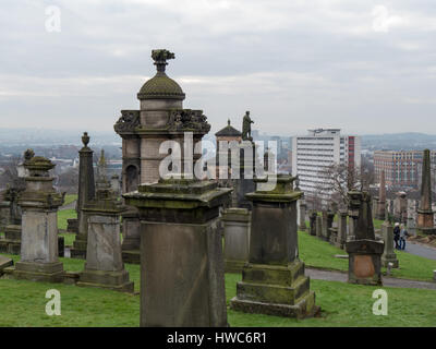 Tombstones on Necropolis, the Victorian cemetery on a hillside in Glasgow. - Stock Photo