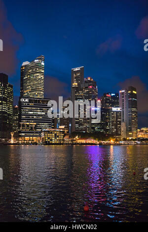 South East Asia, Singapore, Singapura, Jan 2017 Vertical view of the Central Business District across Marina Bay - Stock Photo