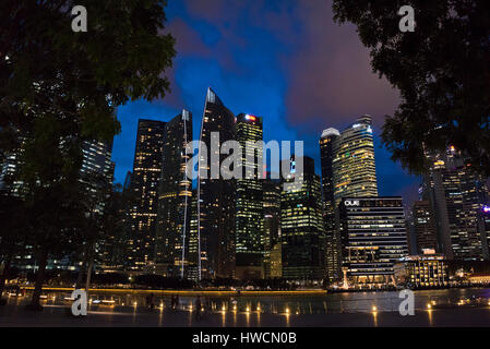 South East Asia, Singapore, Singapura, Jan 2017 Horizontal night time view of the Central Business District at night - Stock Photo
