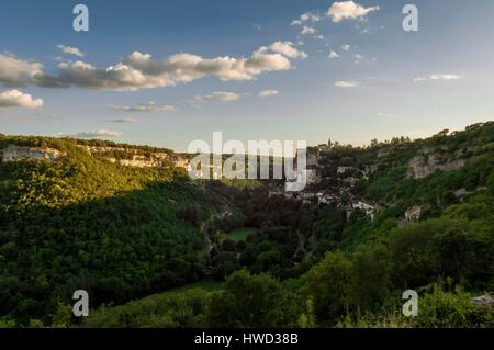 France, Lot, Rocamadour view from l'Hospitalet - Stock Photo