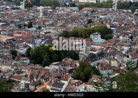 France, Doubs, Besancon, old city, Saint Pierre church, from Fort de Chaudanne - Stock Photo