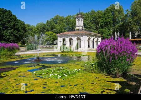 United Kingdom, London, Hyde Park the Italian Gardens north of Kensington Gardens near Lancaster Gate - Stock Photo