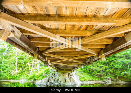 The Dalton Covered Bridge is a historic covered bridge that carries Joppa Road over the Warner River in Warner, - Stock Photo
