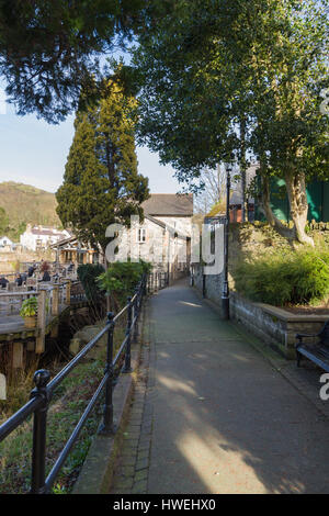 Part of the Victoria Promende leading to the Corn Mill restaurant along River Dee or Afon Dyfrdwy in Llangollen - Stock Photo
