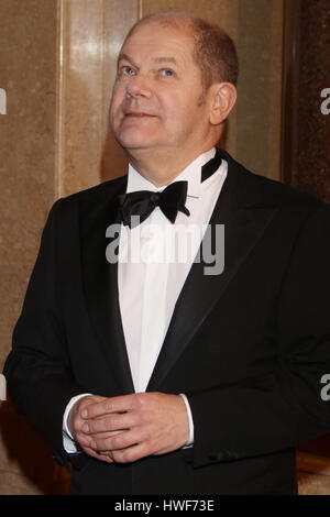 Guest attending traditional annual Matthiae Mahl' (Dinner) 2017  Featuring: Olaf Scholz Where: Hamburg, Germany - Stock Photo