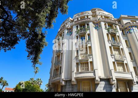 France, Alpes-Maritimes, Nice, Art Deco style building La Rotonde ...
