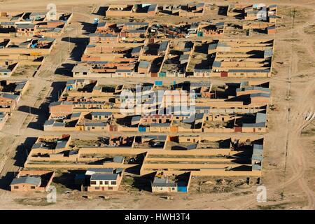 Bolivia, Daniel Campos Province, Potosi, Uyuni, downtown (aerial view) - Stock Photo