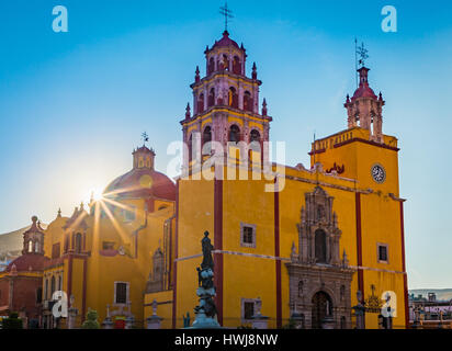 Basilica in Guanajuato, Mexico ------ Guanajuato is a city and municipality in central Mexico and the capital of - Stock Photo