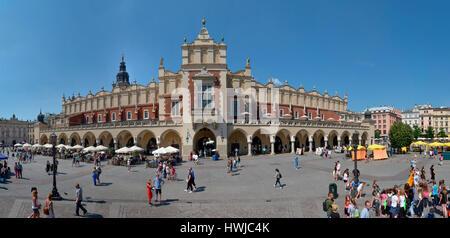 Tuchhallen, Hauptmarkt, Krakau, Polen - Stock Photo