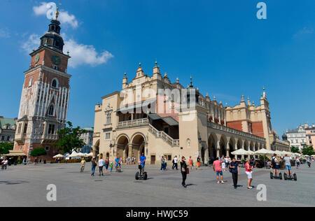 Rathausturm, Tuchhallen, Hauptmarkt, Krakau, Polen - Stock Photo