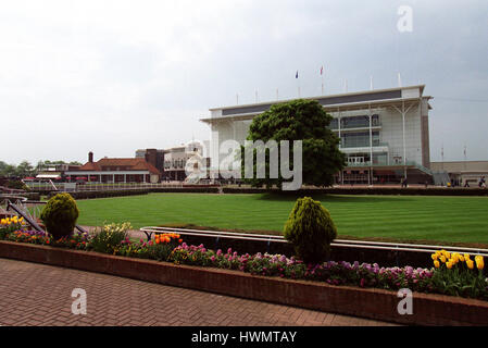 NEWMARKET RACECOURSE GUINEAS FESTIVAL 2000 07 May 2000 - Stock Photo