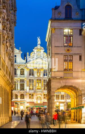 Belgium, Brussels, Grand Place (Grote Markt), listed as World Heritage by UNESCO, Maison de la Chaloupe d'Or built - Stock Photo