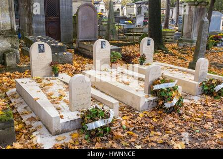 France, Paris, Pere Lachaise cemetery, the largest cemetery in the city of Paris and one of the most famous in the - Stock Photo
