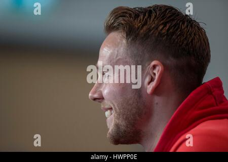 Vale Resort, Vale of Glamorgan, Wales, UK. 22nd Mar, 2017. Chris Gunter faces the press during Wales player media - Stock Photo