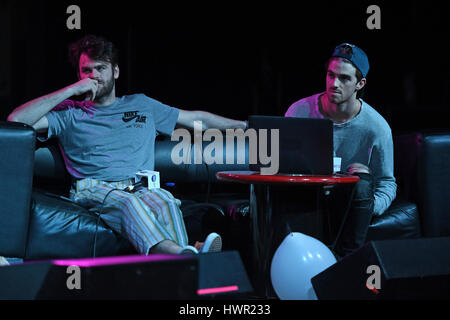 Fort Lauderdale, Florida, USA. 03rd Apr, 2017. The Chainsmokers visit 97.3 Hits Sessions at Revolution on April - Stock Photo