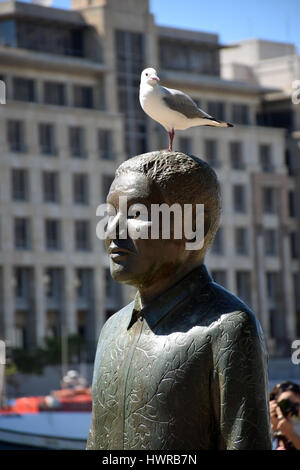 Nelson Mandela statue, Nobel Square, Victoria & Alfred waterfront, Cape Town, South Africa - Stock Photo