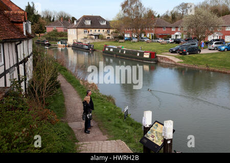 Narrowboats moored on the Kennet and Avon Canal in the centre of Hungerford, Berkshire - Stock Photo