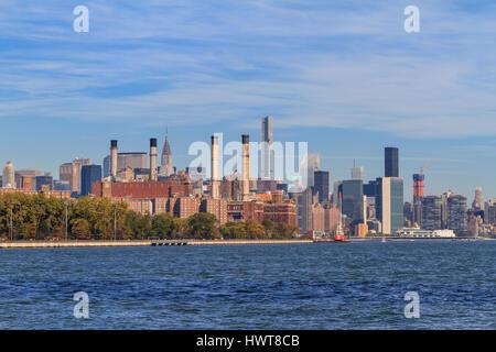 Con Edison power plant, Skyline, East River, Manhattan, New York City, New York, USA - Stock Photo