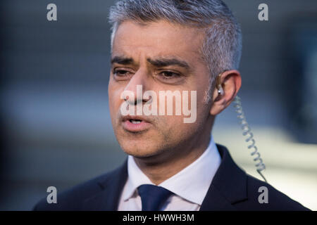 London, UK. 23rd March, 2017. Sadiq Khan, Mayor of London, being interviewed following the vigil for victims of - Stock Photo