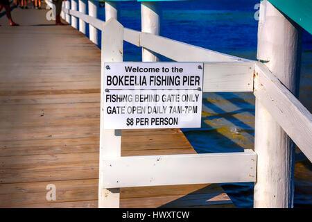 Waterfront boardwalk on bay in lake wakatipu queenstown for Bokeelia fishing pier